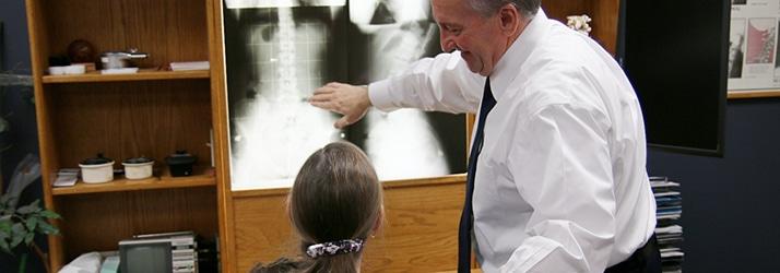 Chiropractic Waterloo IA adjustment and x-rays